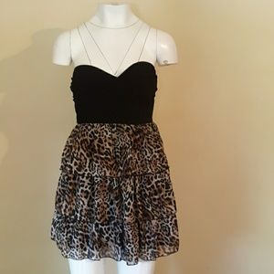 KIWI DRESS SIZE MEDIUM